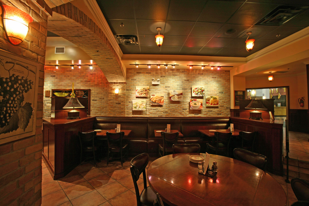 Capi s navy pier for Italian cafe interior design ideas